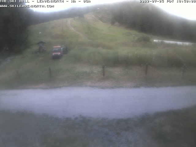 Leavenworth Ski Hill webcam